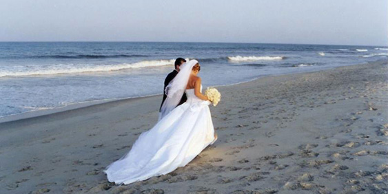 Foto Matrimonio Spiaggia : Profile adm tourism and business travel